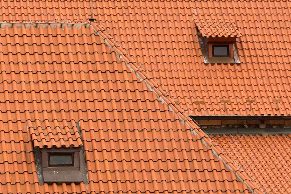 What are The Best Tile Roof Options For Your Home?